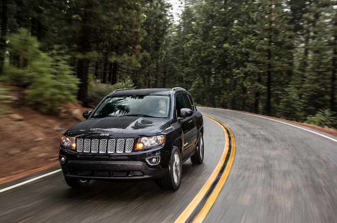 2015 Jeep Compass Limited Front Three Quarter In Motion