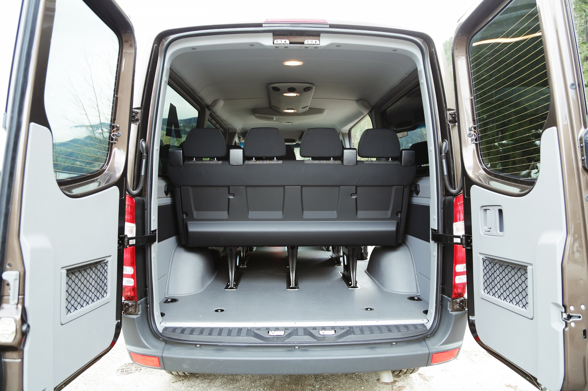 2015 Mercedes Benz Sprinter 4x4 Review