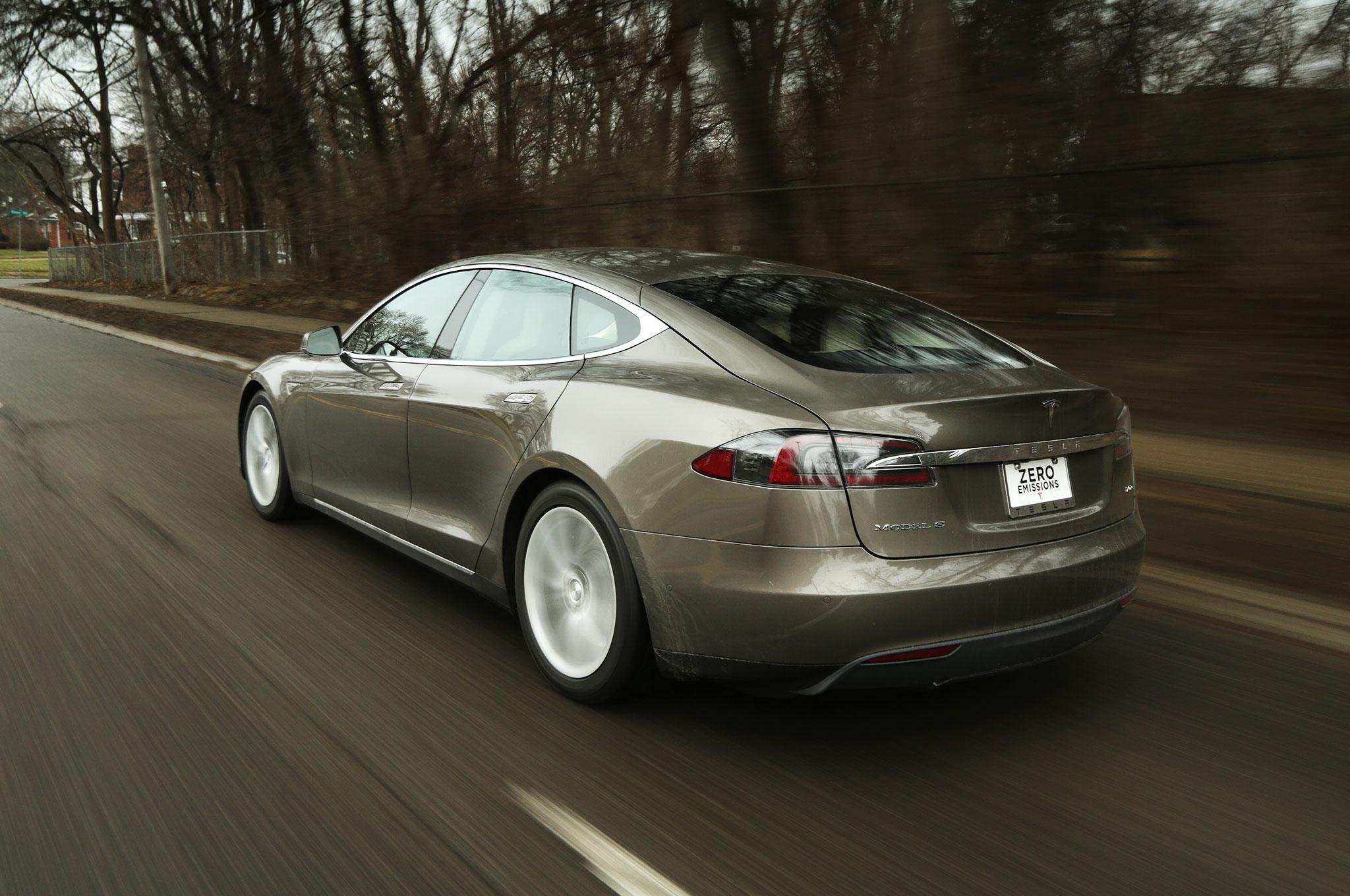 2015 Tesla Model S 70d Around The Block