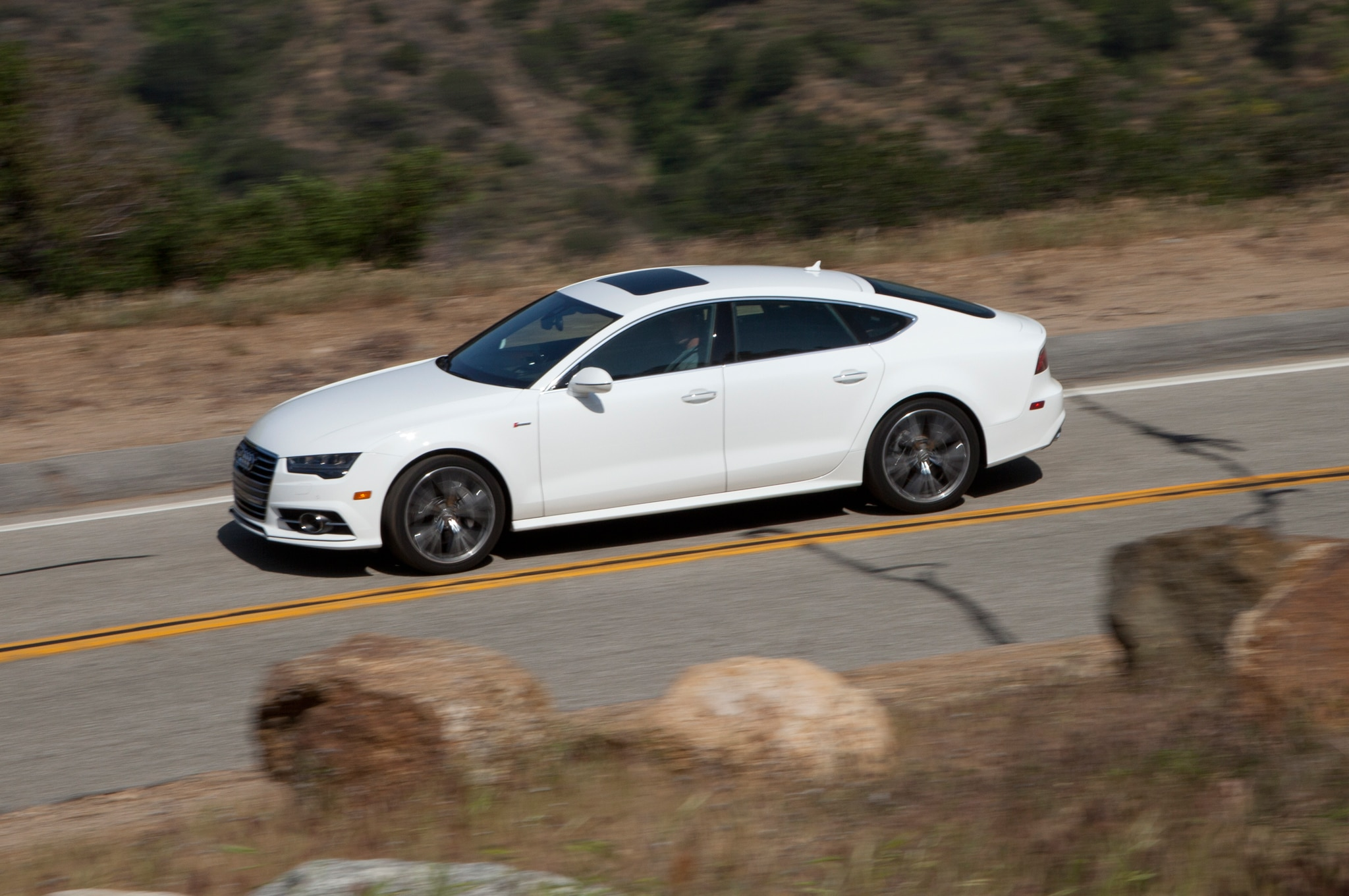 2016 Audi A7 30T Side Profile In Motion 01