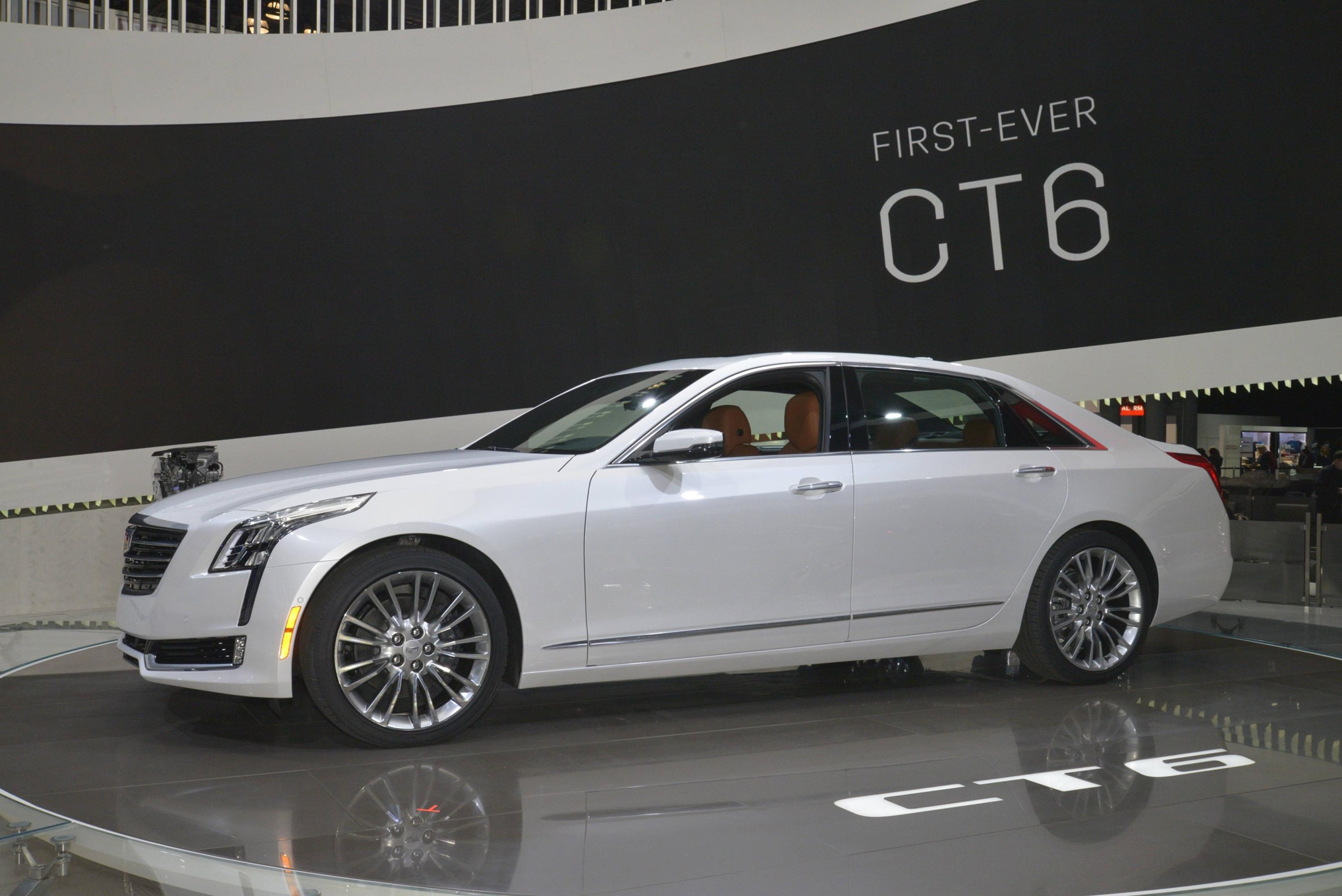 5 Key Things to Know About the 2016 Cadillac CT6