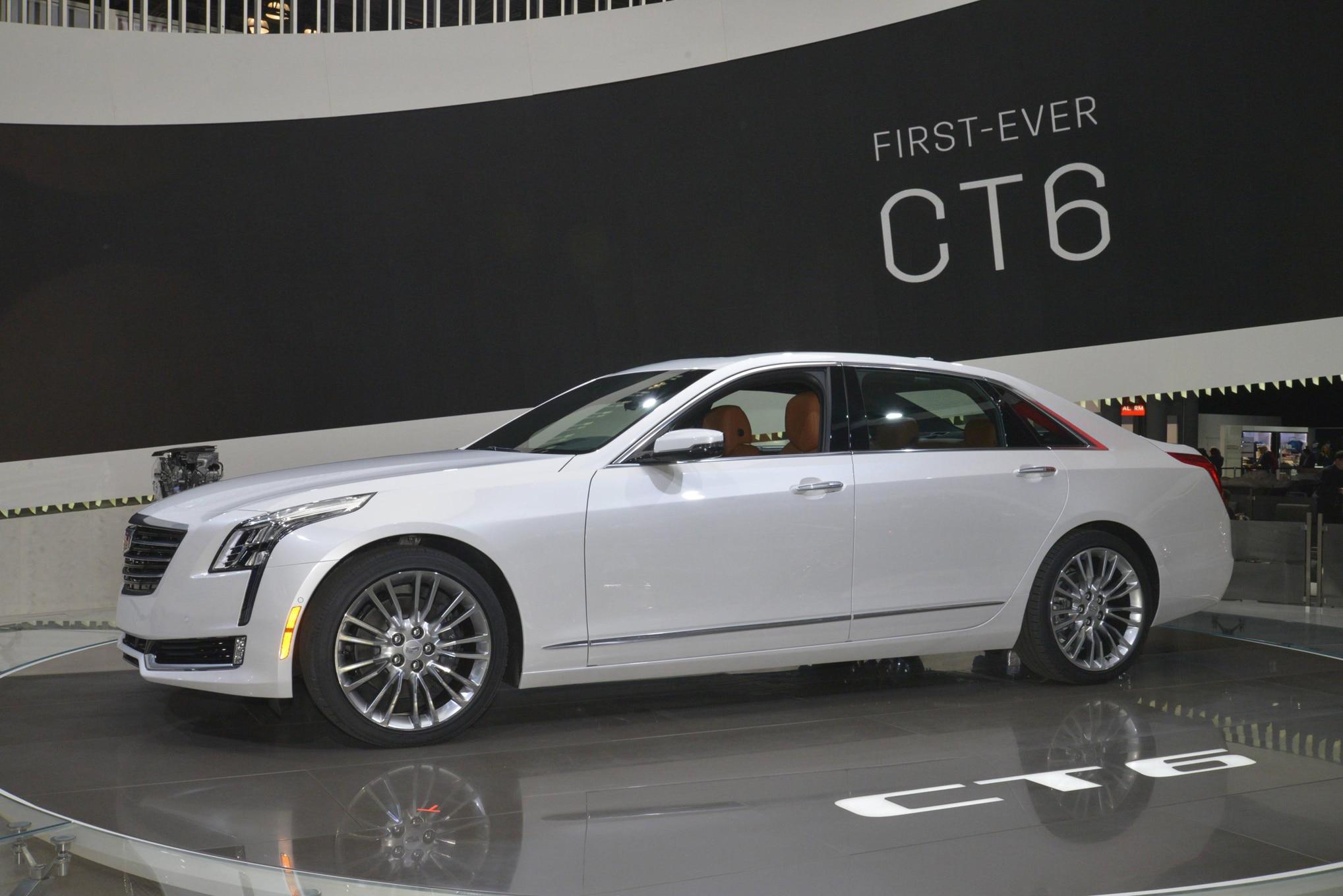 2016 Cadillac CT6 Side1