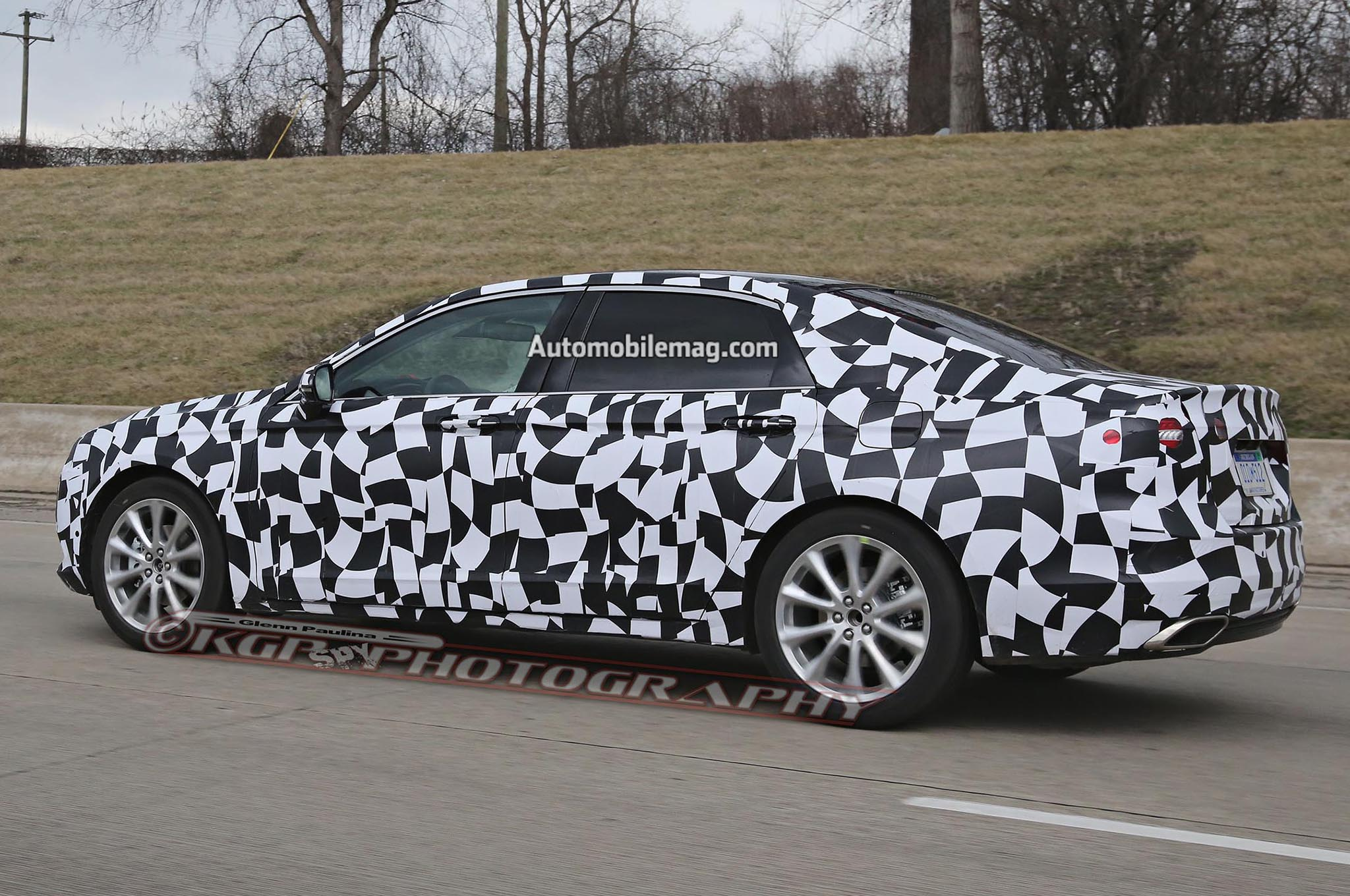 2016 Ford Taurus Prototype Spied in Detroit