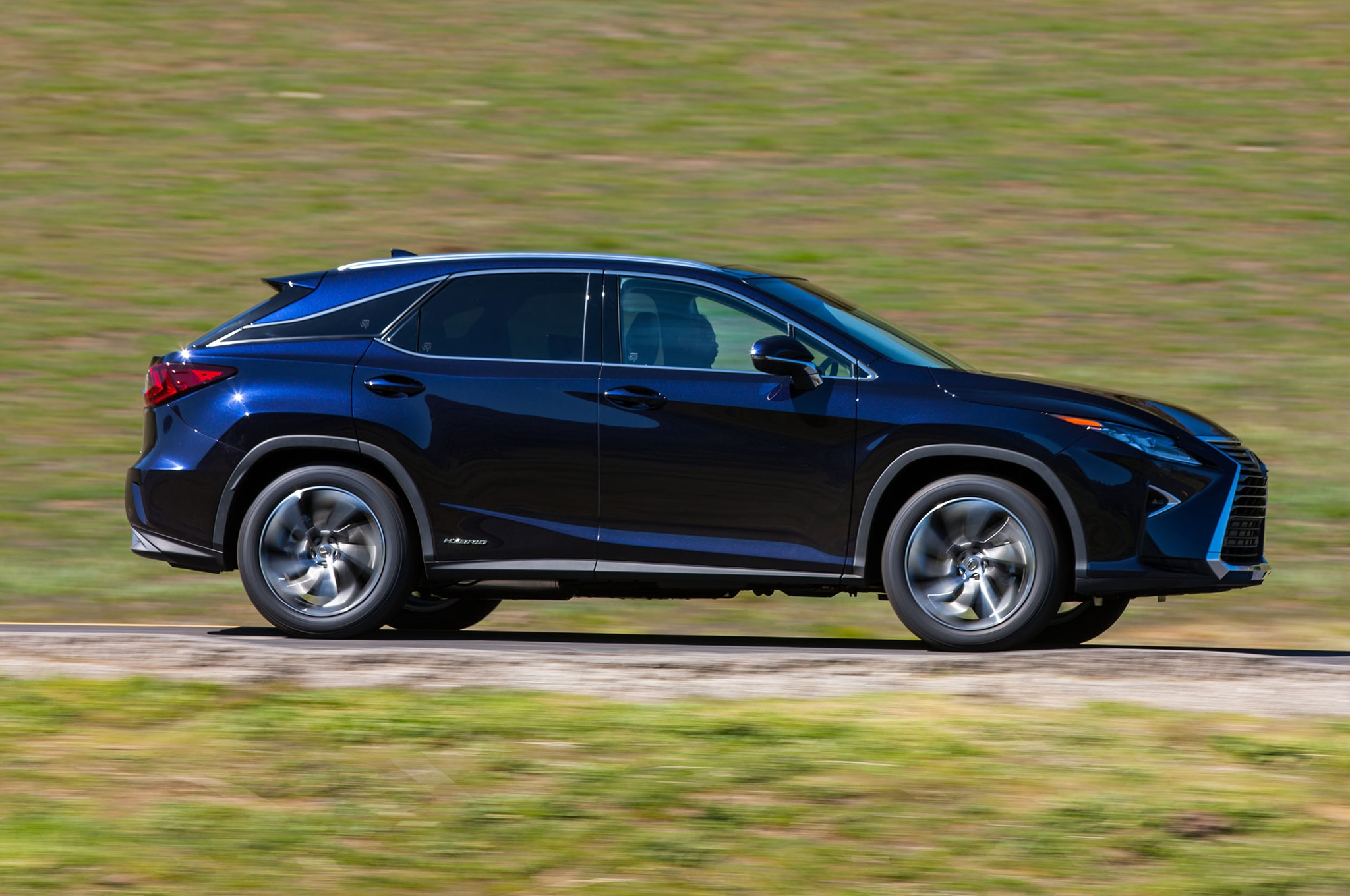 5 Cool Features on the 2016 Lexus RX