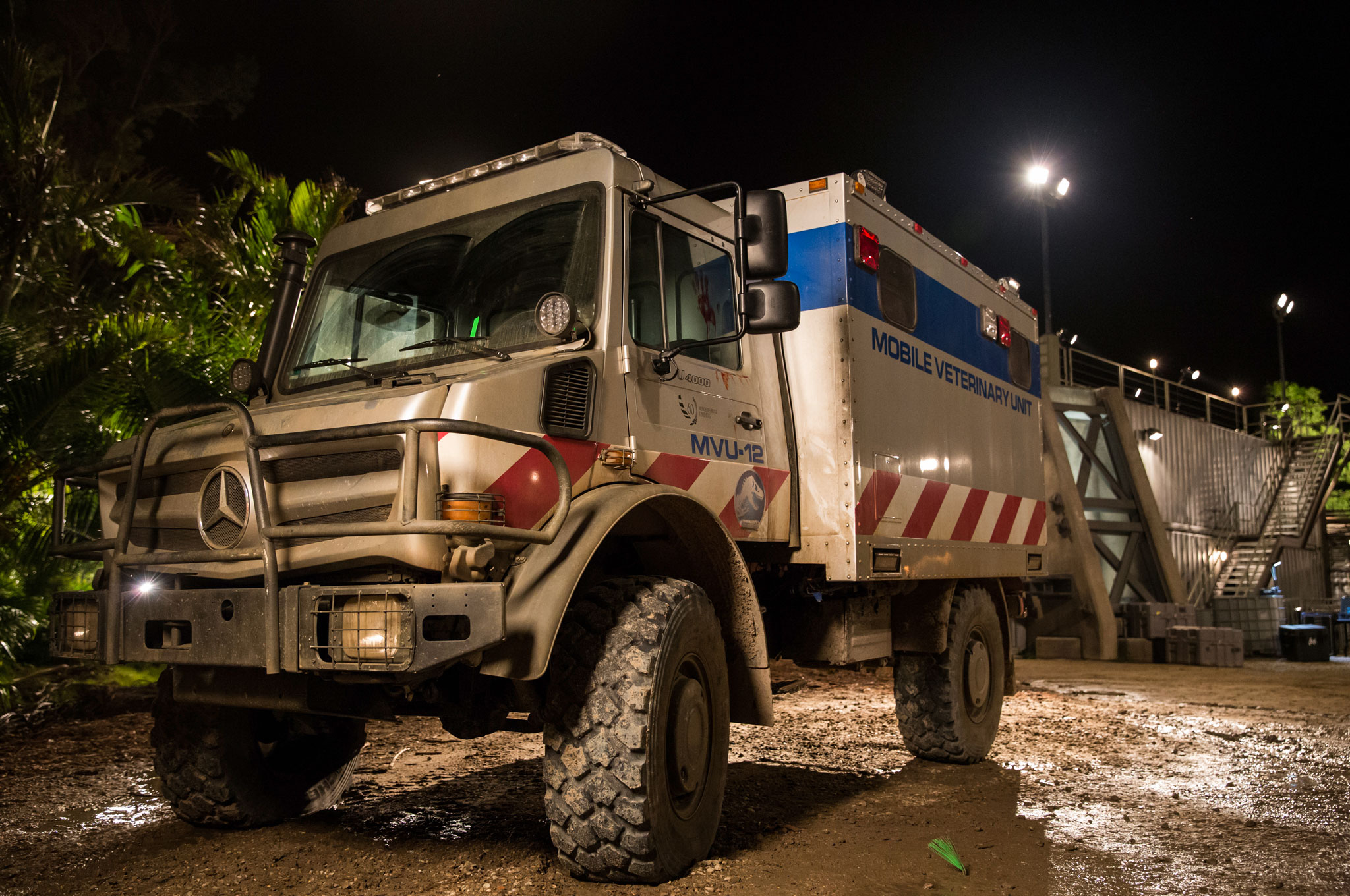 Mercedes Benz Gle Coupe G Class Unimog Featured In Jurassic World