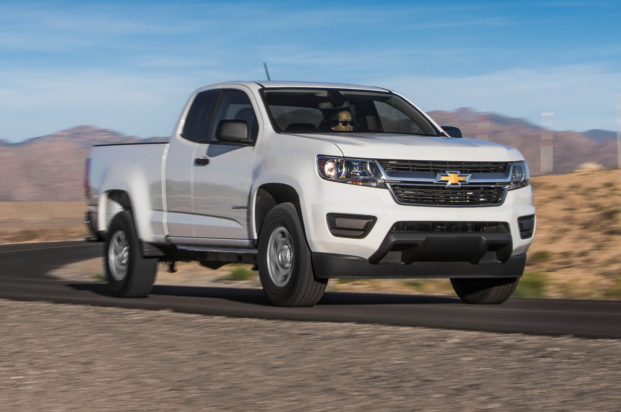2015 Chevrolet Colorado WT 25 Front Side View On Road