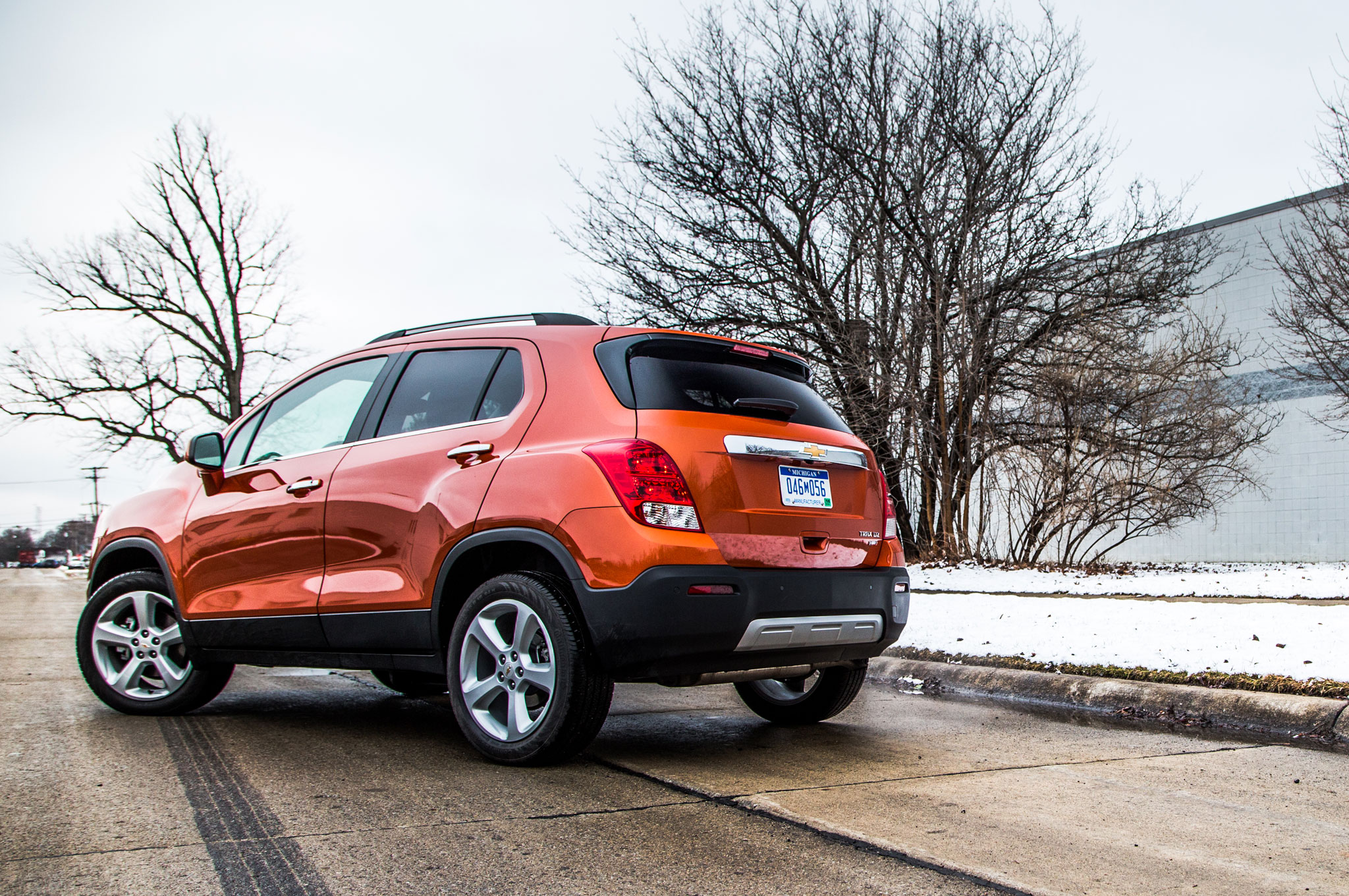 A Lacker Train And Dreary Interior Might Not Seem Like Dealbreakers The 2017 Chevrolet Trax Doesn T Really Do Anything Egregiously Wrong