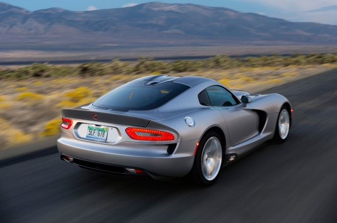 2015 Dodge Viper SRT rear three quarter