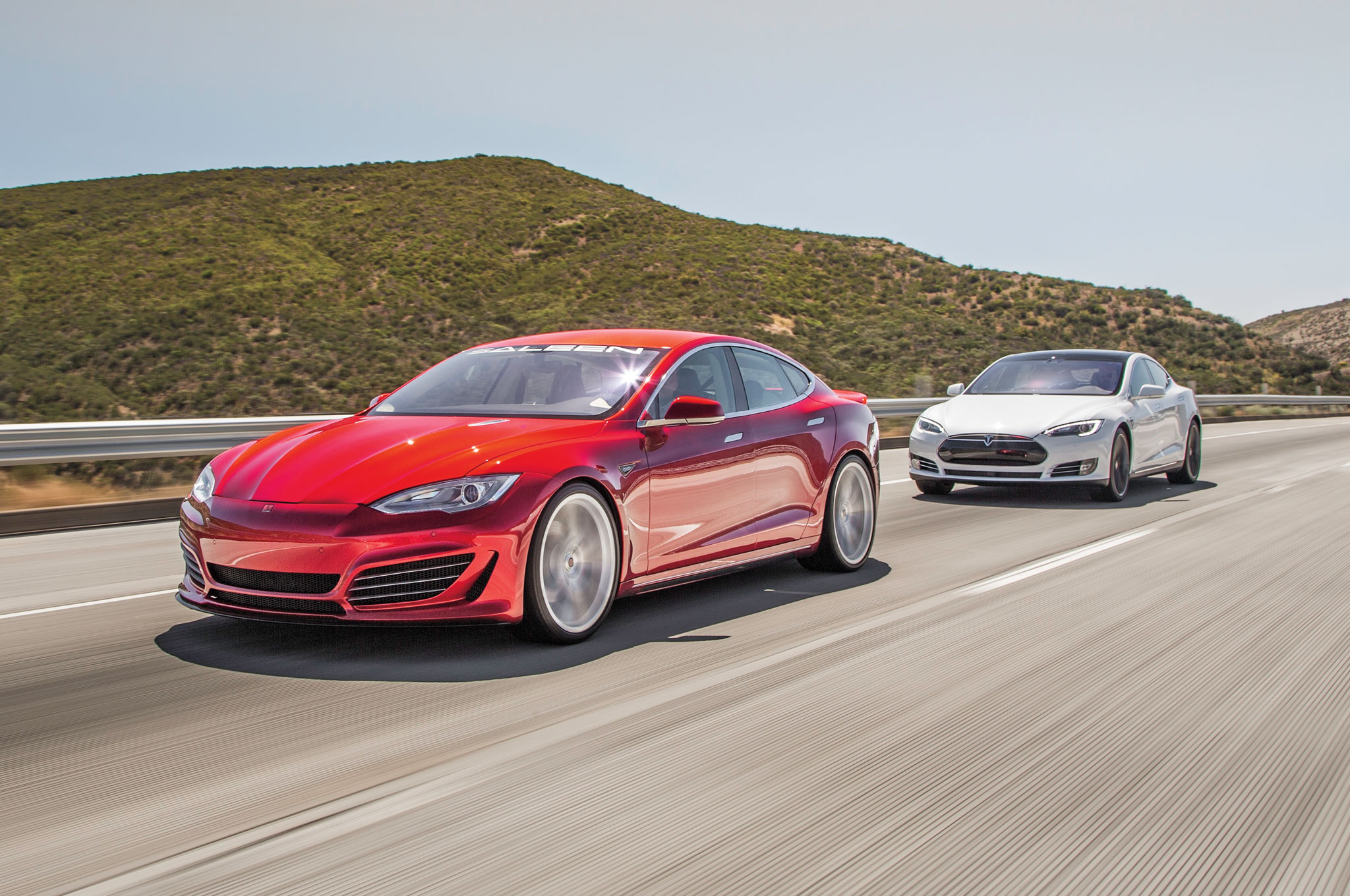 2015 Tesla Model S P85D And Saleen GTX Comparison 04