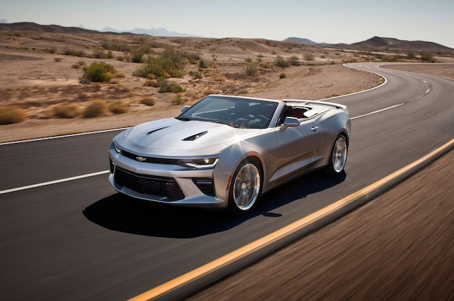 2016 Chevrolet Camaro Convertible Front Three Quarter Motion
