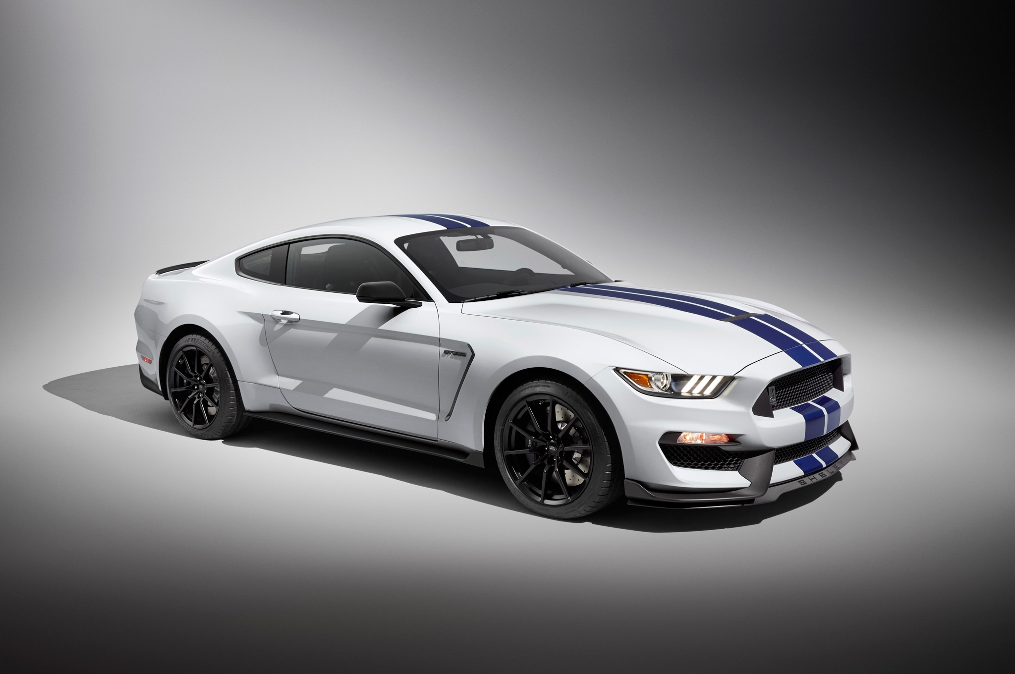 10 Things to Know about the Ford Shelby GT350 Mustang's V-8 Engine