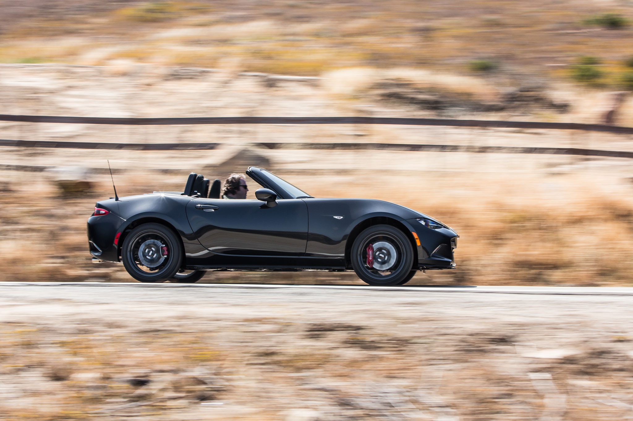 This Particular 2016 Mazda Mx 5 Miata Is Of Club Spec Which Means Lots Go Fast Goos That You Won T Be Able To Get On Any Other Trim Level