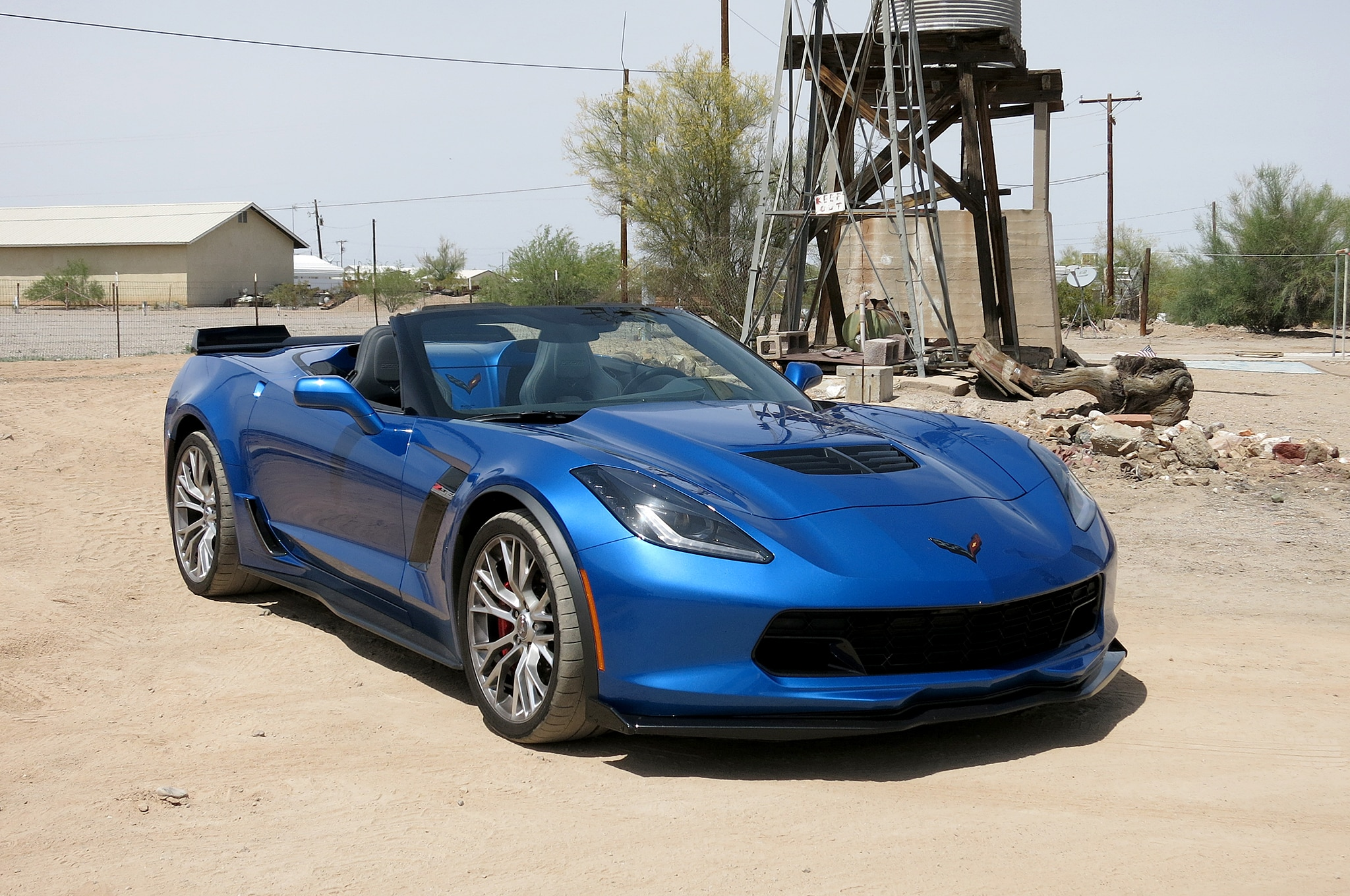 2015 Chevrolet Corvette Z06 Convertible Front Three Quarter