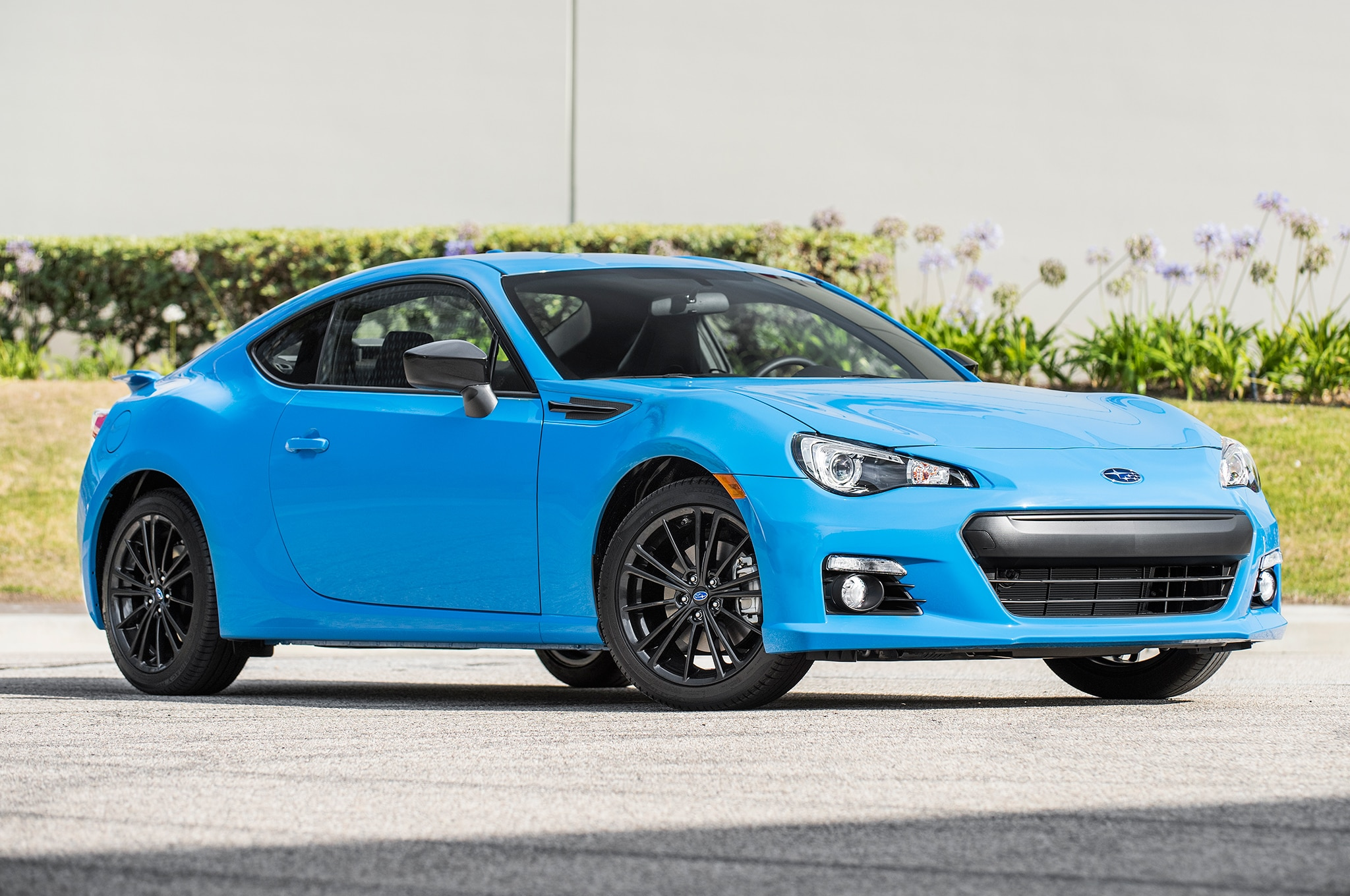 2015 Subaru Crosstrek For Sale >> 2016 Subaru BRZ, WRX STI Add HyperBlue Special Edition