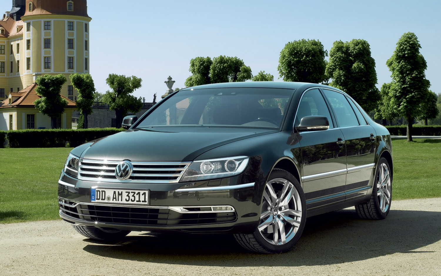 Report: Volkswagen Delays New Phaeton For Cost Reasons