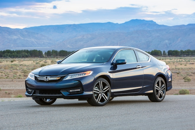 2016 Honda Accord Coupe Touring Front Three Quarter 04