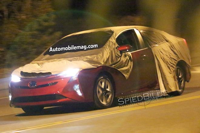 2016 Toyota Prius Spyshot Front Three Quarters1