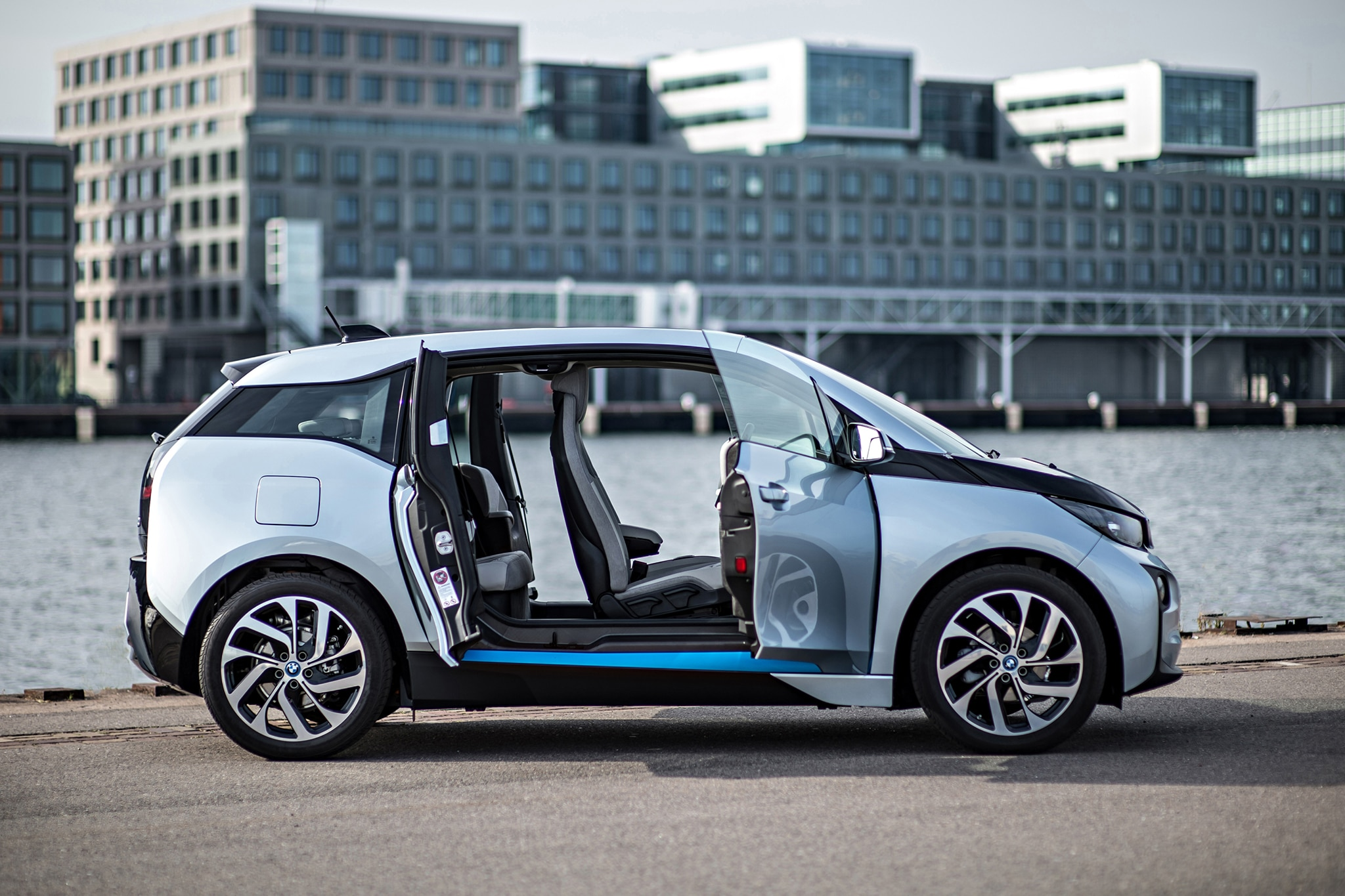 How to Hack a BMW i3 For More Driving Range