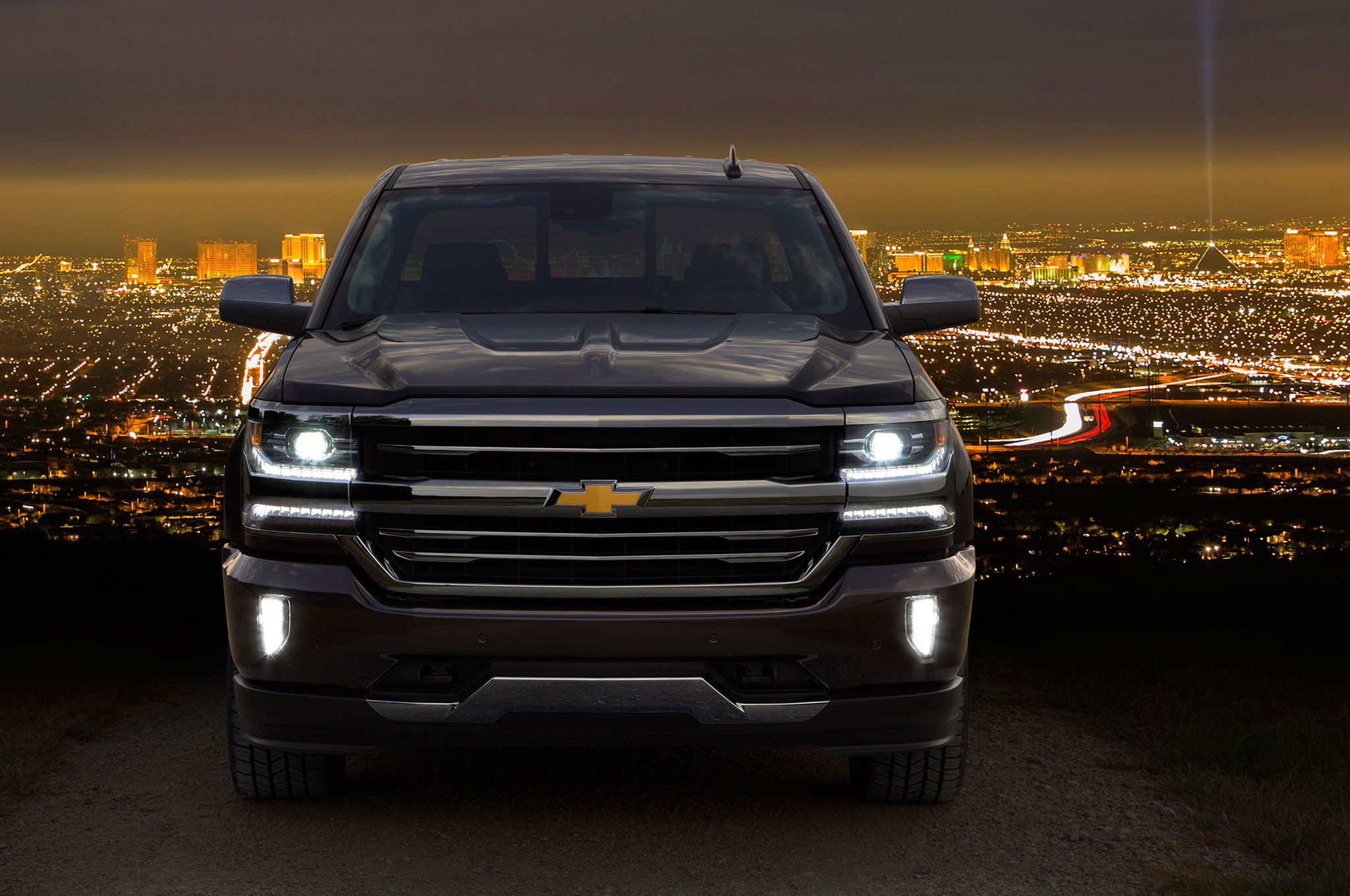 2016 Chevrolet Silverado Offers 8 Speed Automatic With 5 3