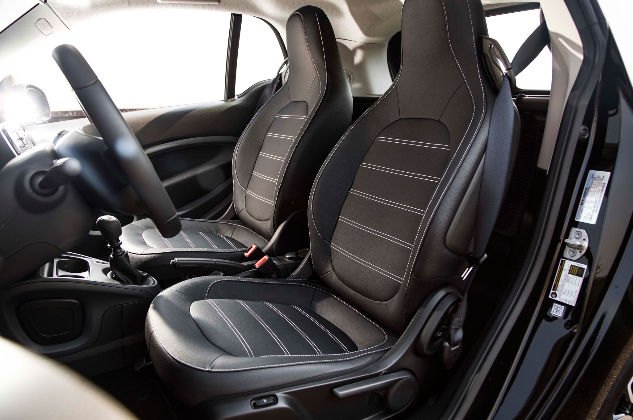 2016 smart fortwo second drive review rh automobilemag com Smart Forfour Review Smart Forfour Boot