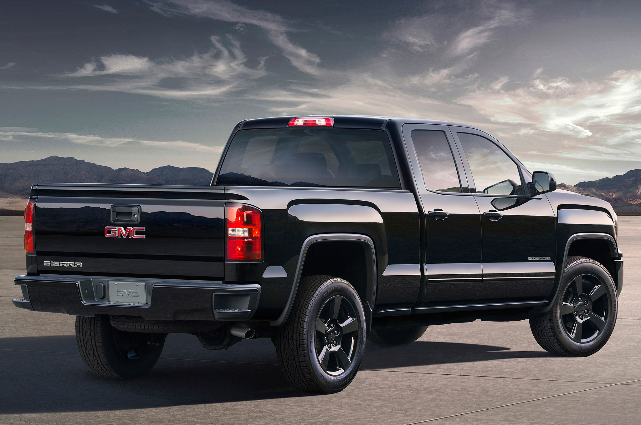 As On All Models Of The Sierra 1500 2016 Gmc Elevation Edition Wears A New Front Fascia With Led Running Lights And Hid Headlights