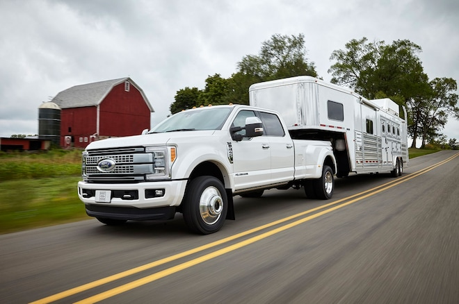 2017 Ford F Series Super Duty With Trailer