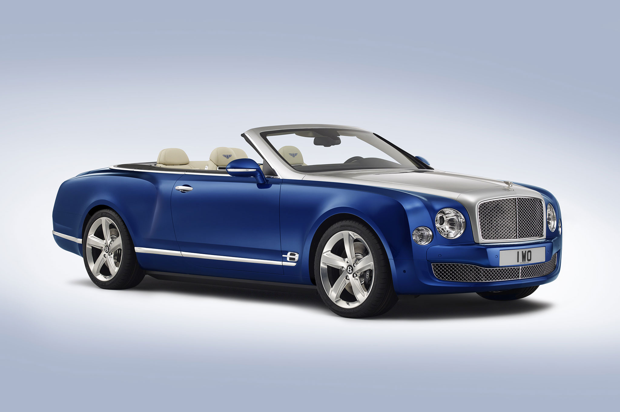 Bentley Grand Convertible Concept Front Three Quarter