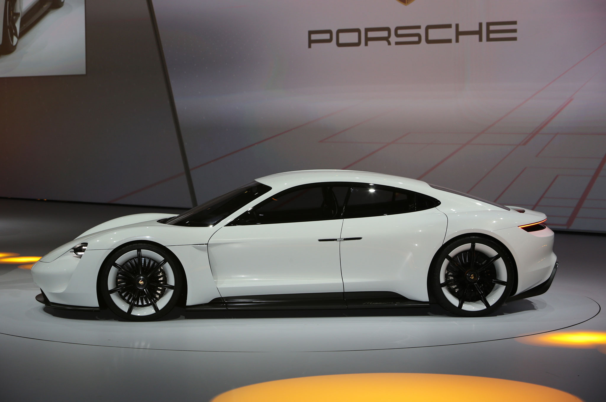 Tesla >> Porsche Really Wants the Mission E to Stomp Tesla
