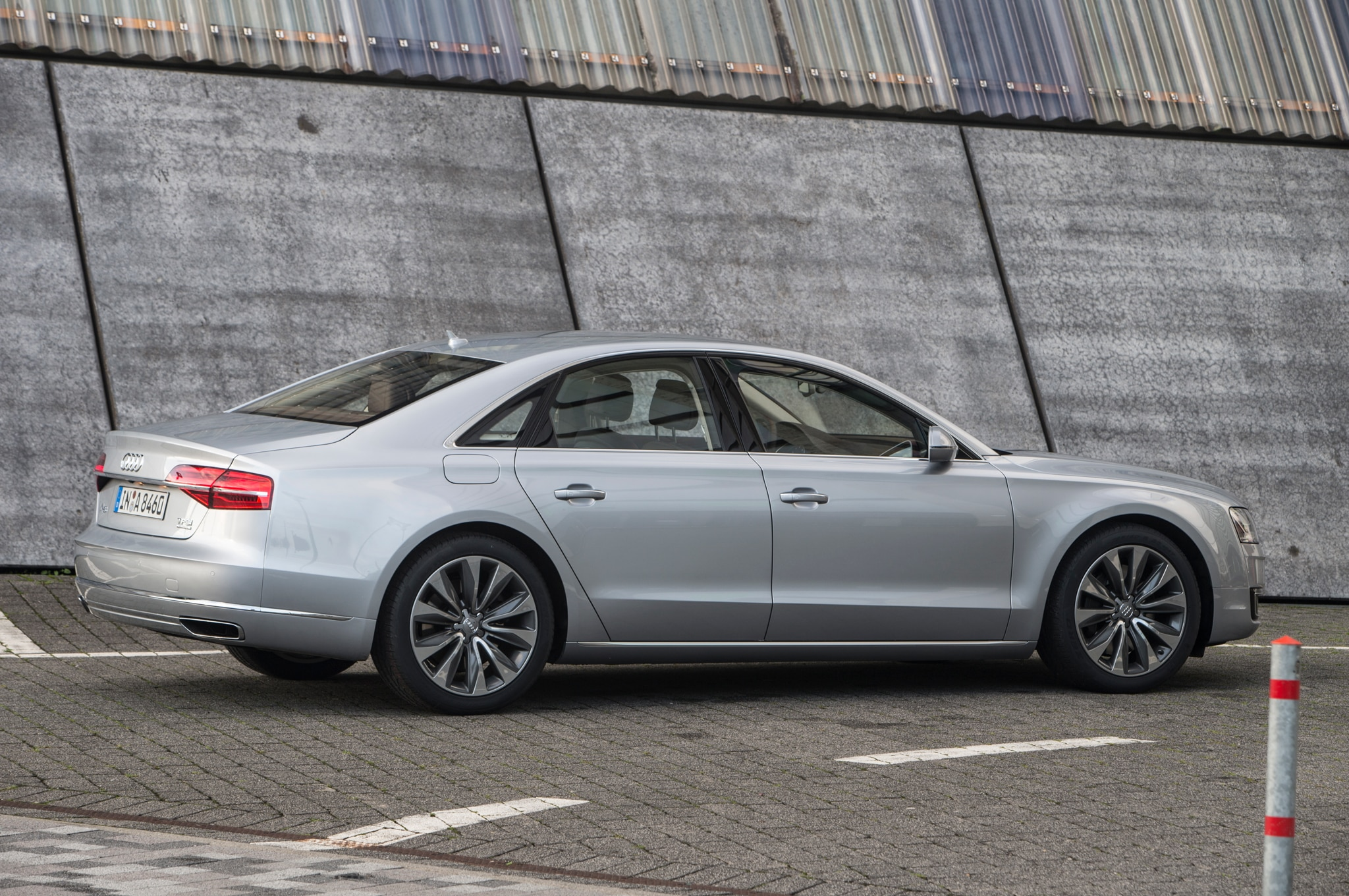 2016 Audi A8 L Gains 4.0T Sport Model with Extra Power, Visual Tweaks