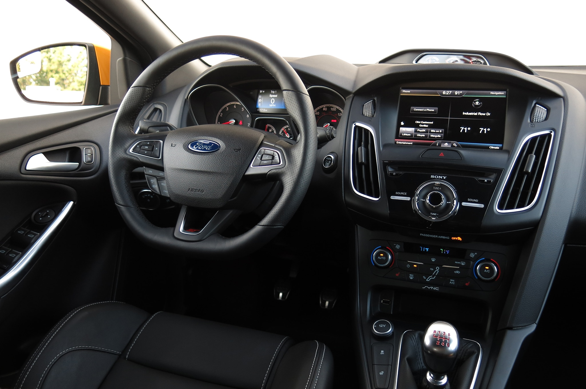 2015 ford focus st with ford performance parts review for Ford focus interior accessories