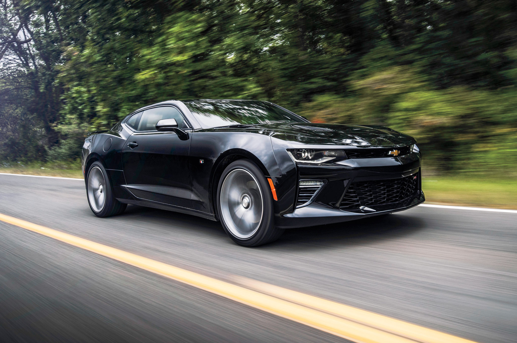 2016 Chevrolet Camaro Front Three Quarter In Motion