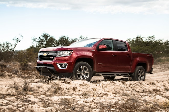 2016 Chevrolet Colorado Sel Front Three Quarter 03