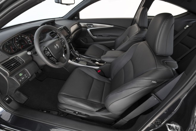 2016 Honda Accord Coupe Touring front interior