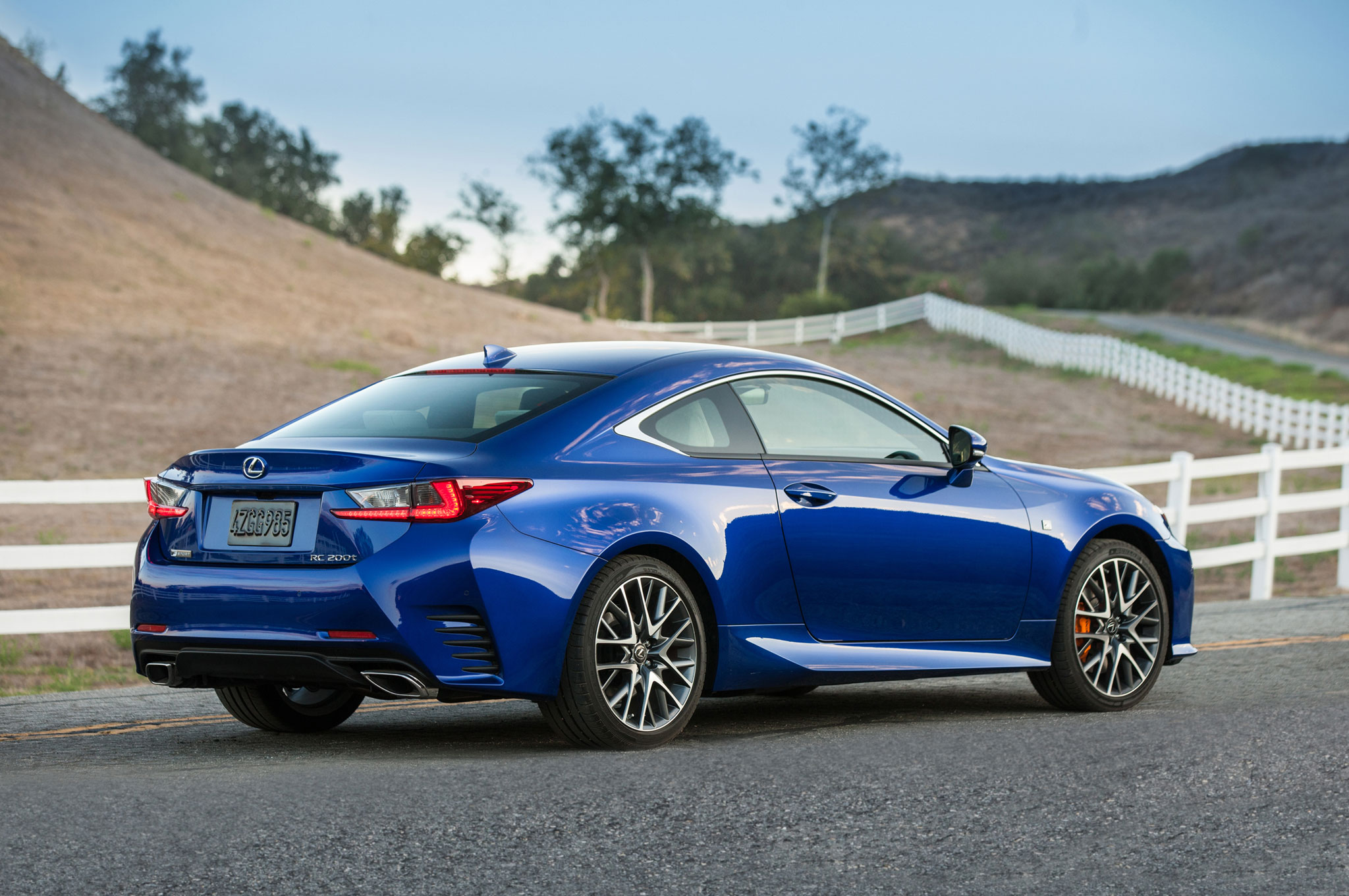 2016 lexus rc coupe adds turbo four 200t v 6 300 awd models. Black Bedroom Furniture Sets. Home Design Ideas