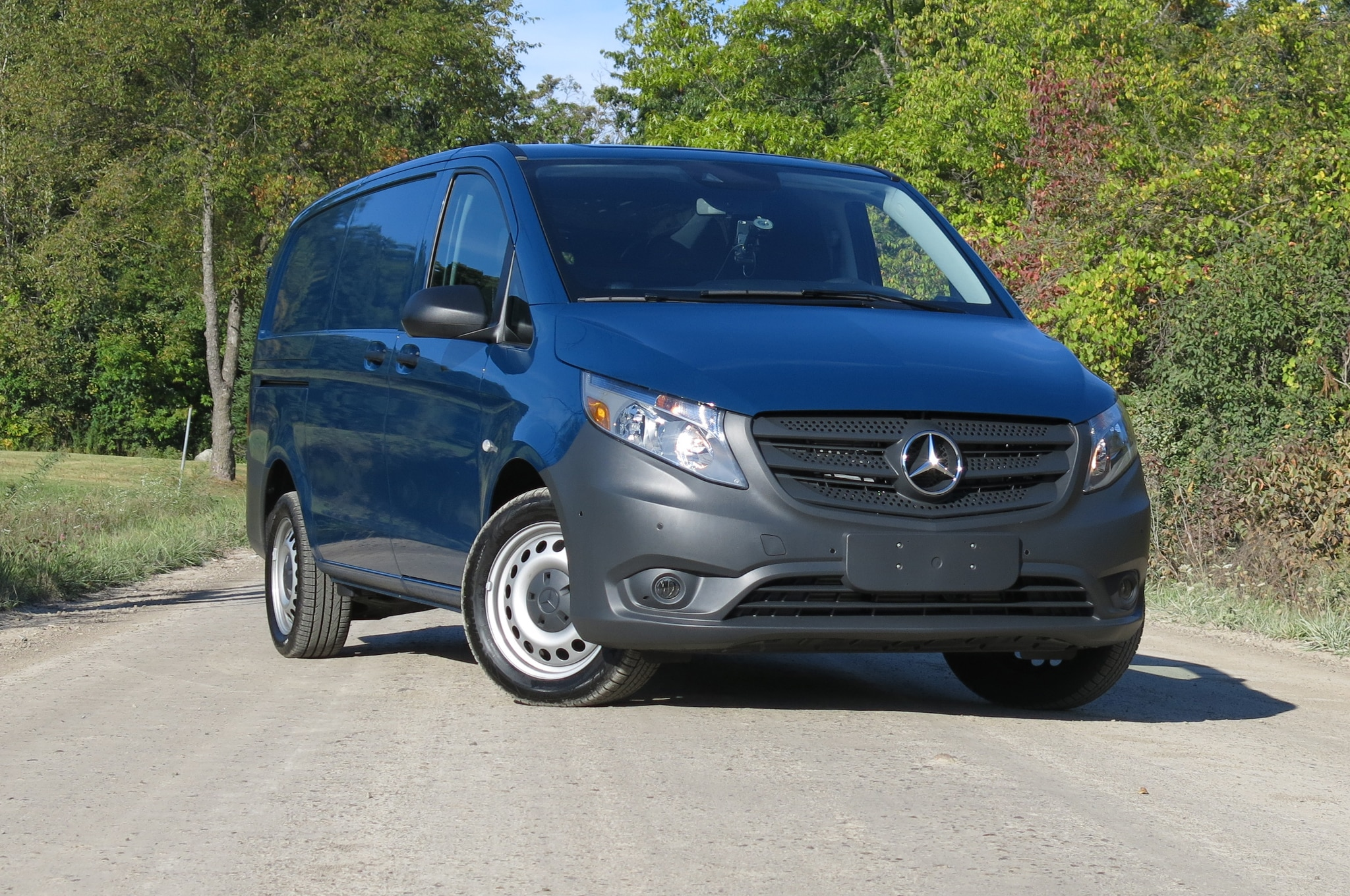 hauling with style 2016 mercedes benz metris second drive review. Black Bedroom Furniture Sets. Home Design Ideas