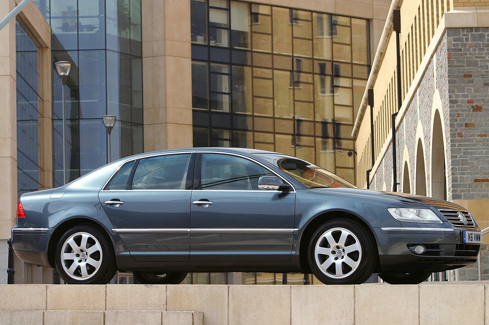 First Gen Volkswagen Phaeton Euro Spec Side