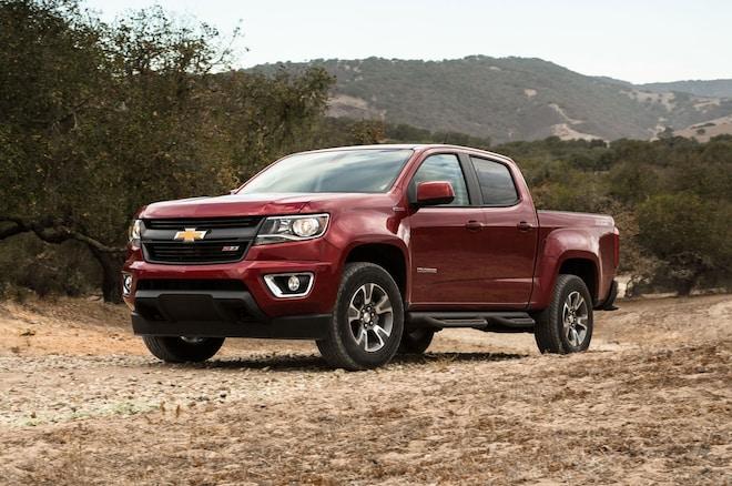 2016 Chevrolet Colorado Diesel Front Three Quarter 02