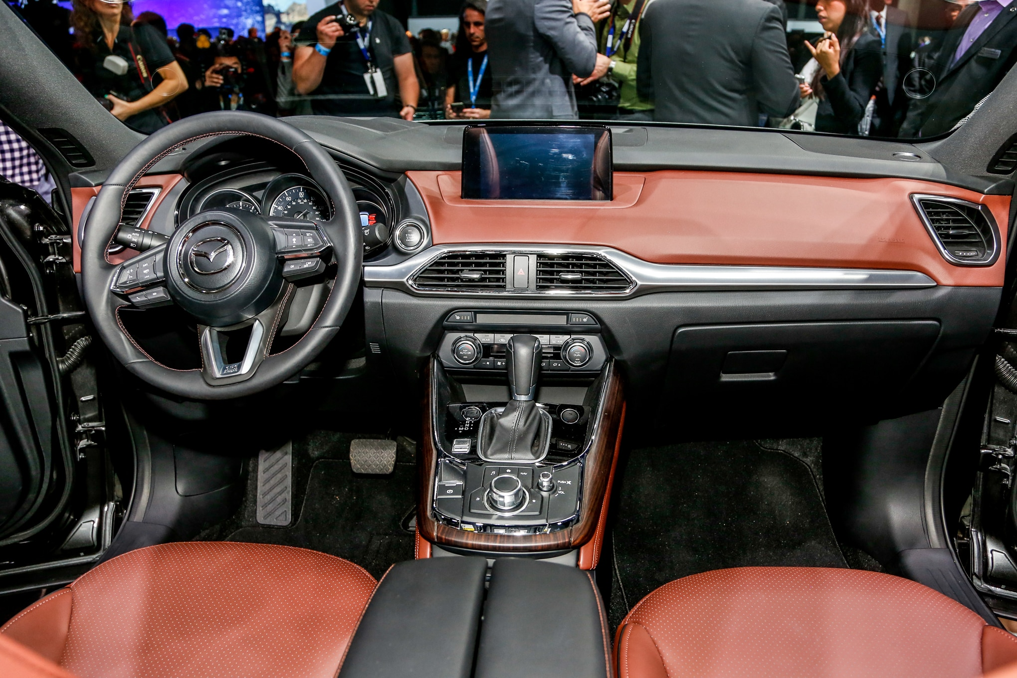 2016 Mazda CX-9 Hits L.A. Show with Fresh Design, New Turbo Engine