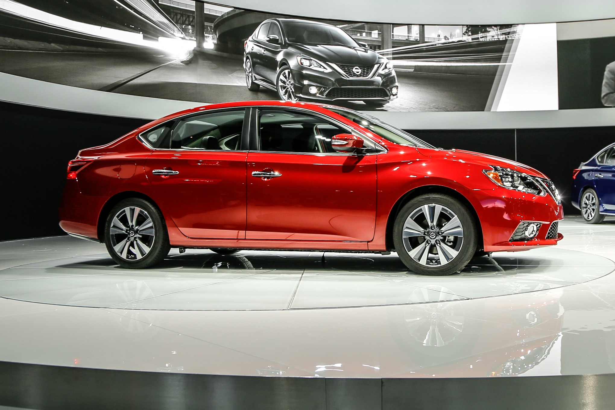 2016 Nissan Sentra Refreshed, Looks More like Altima and ...