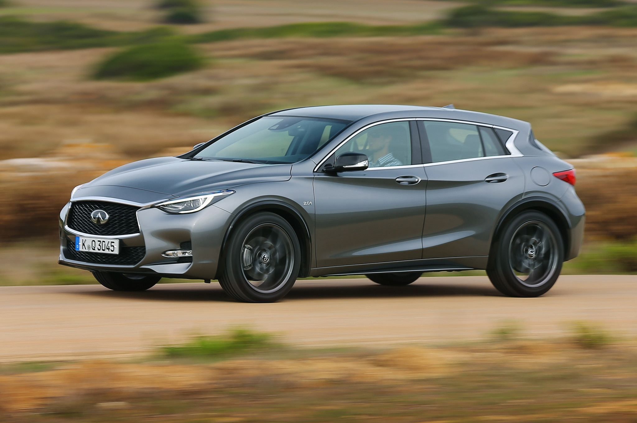 2017 Infiniti Q30 Sport European Spec Review