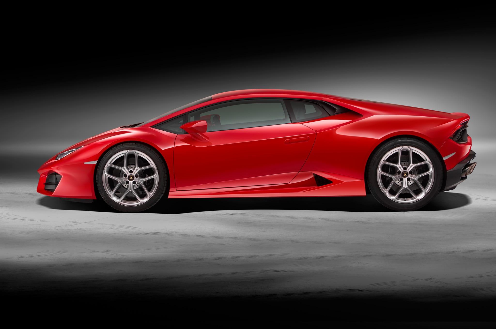 Lamborghini Huracan Lp 580 2 Is A Lighter Rear Drive V 10