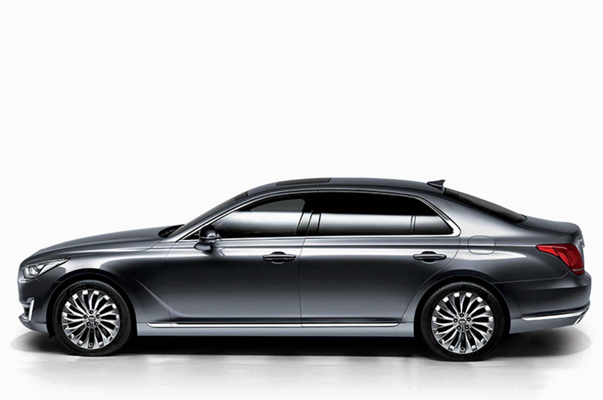 2017 Genesis G90 Luxury Sedan Revealed To Take On S Cl 7 Series