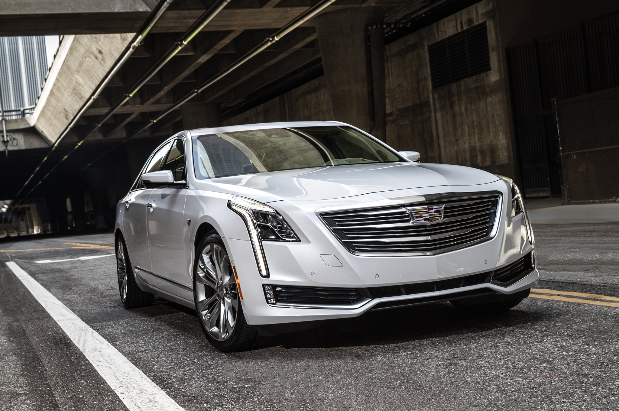 Cadillac CT6 Plug-In Hybrid Will Be Imported to the U.S. from China