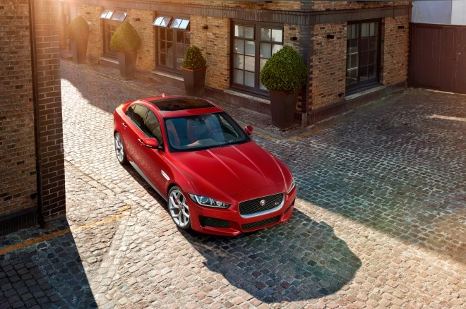 2016 Jaguar XE front end