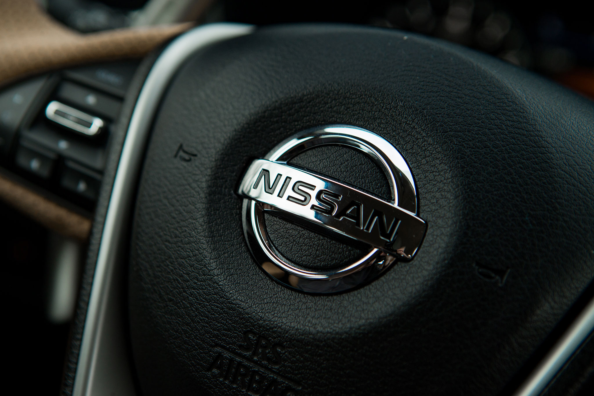 2016 Nissan Maxima SR Airbag Badge