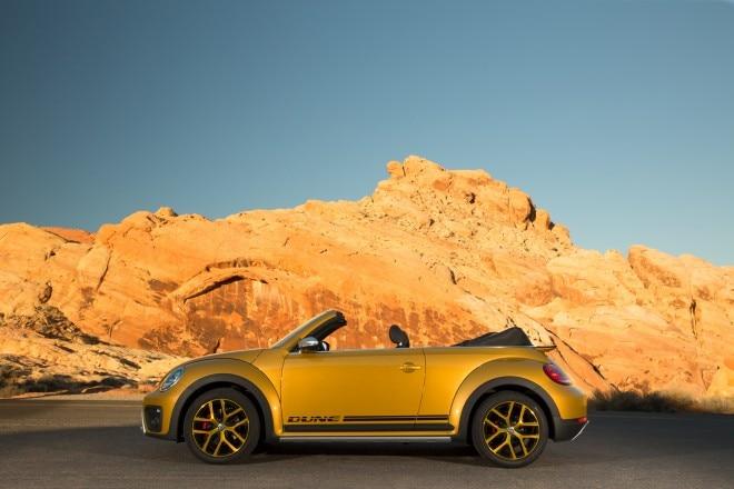 2016 Volkswagen Beetle Dune side