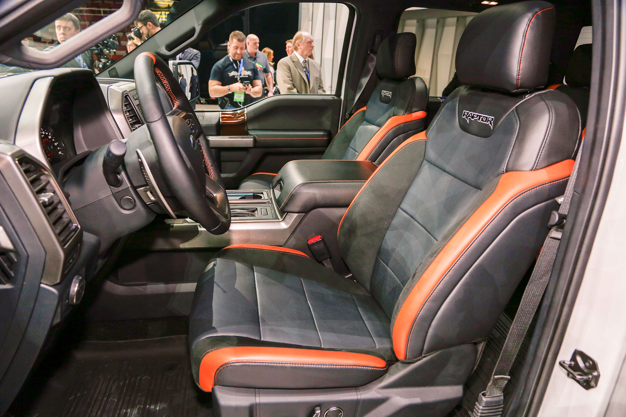 2017 Ford F-150 Raptor SuperCrew Makes Production Debut in ...