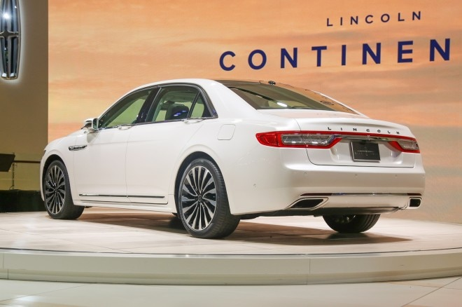 2017 Lincoln Continental rear three quarter1