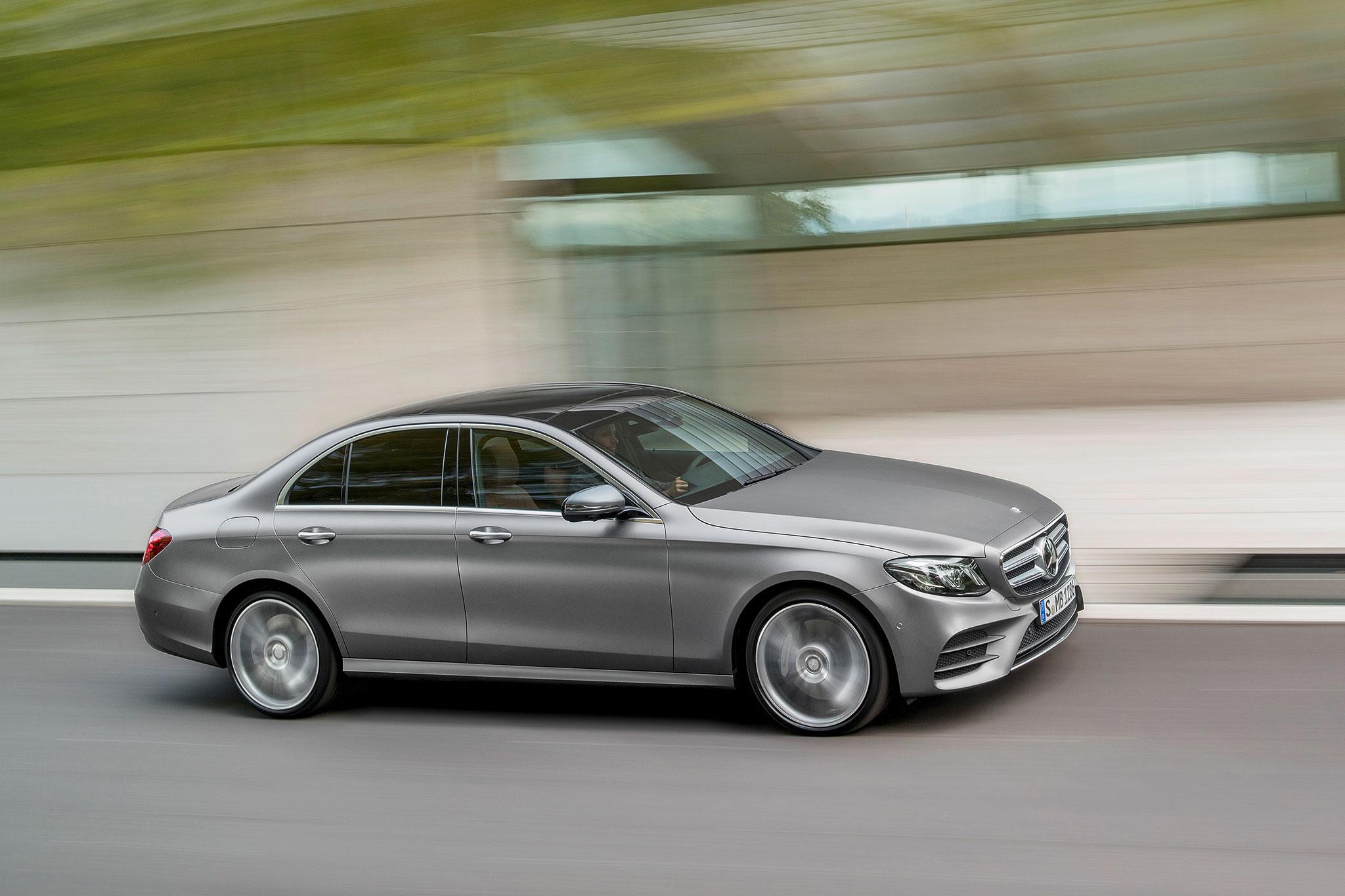https://st.automobilemag.com/uploads/sites/11/2016/01/2017-Mercedes-Benz-E-Class-front-three-quarter-in-motion-04.jpg