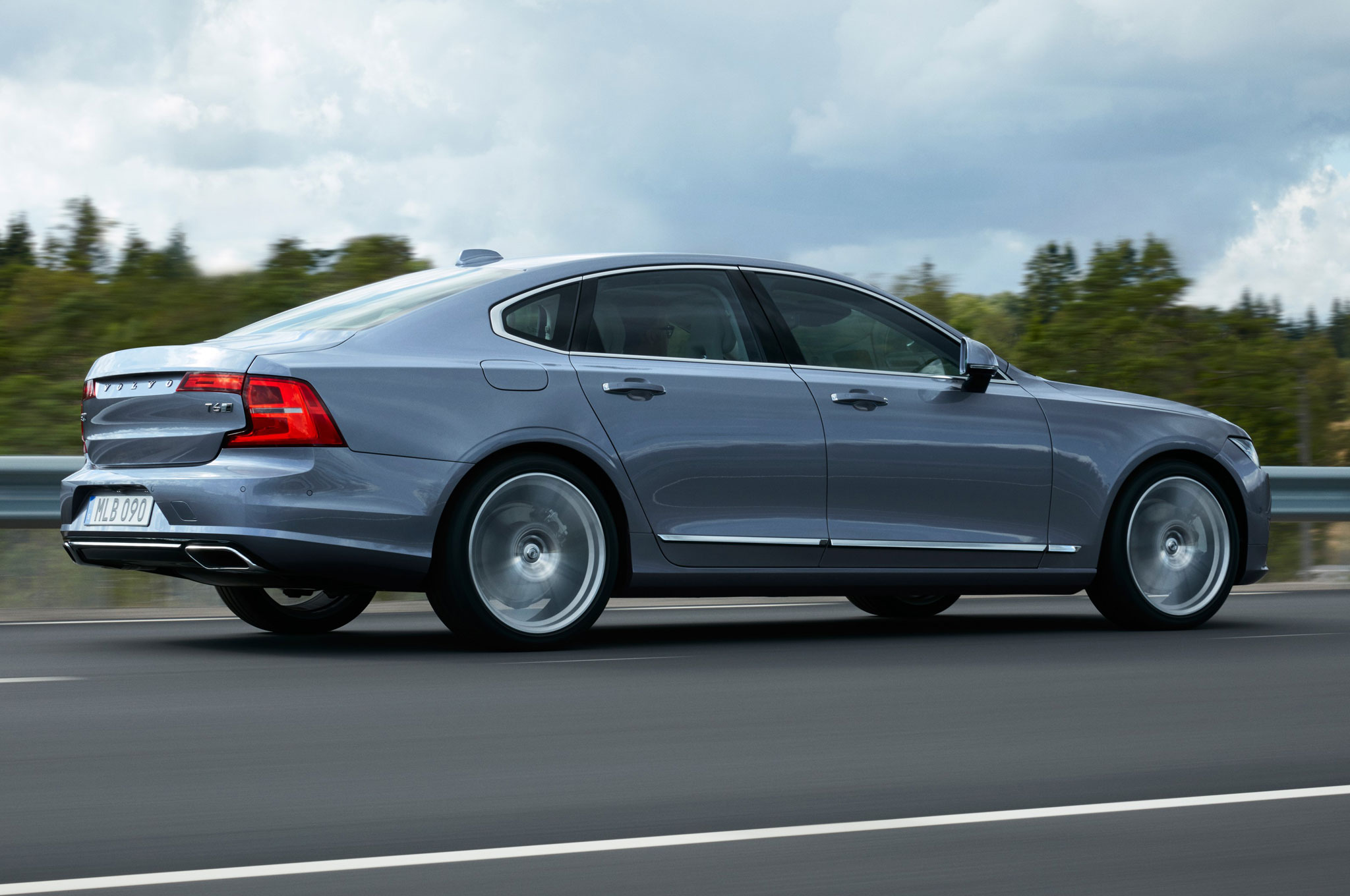 2017 volvo s90 luxury sedan fully revealed with xc90-inspired design